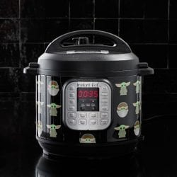 Instant Pot Duo Star Wars The Child Little Bounty 6-Quart Pressure Cooker