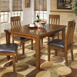 Signature Design by Ashley Essex 5pc Dining Set